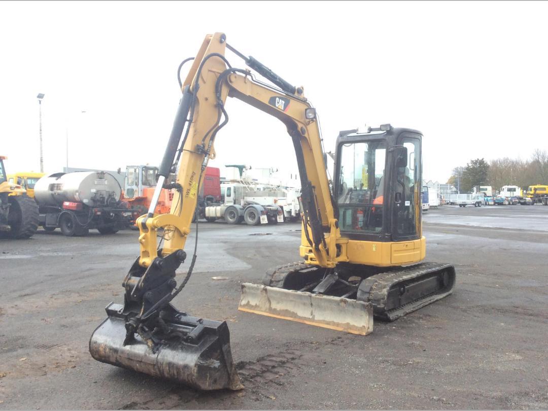 Photo '2' of Caterpillar 305.5E CR Midi Excavator
