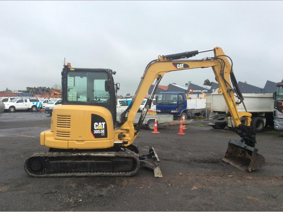 Photo '8' of Caterpillar 305.5E CR Midi Excavator
