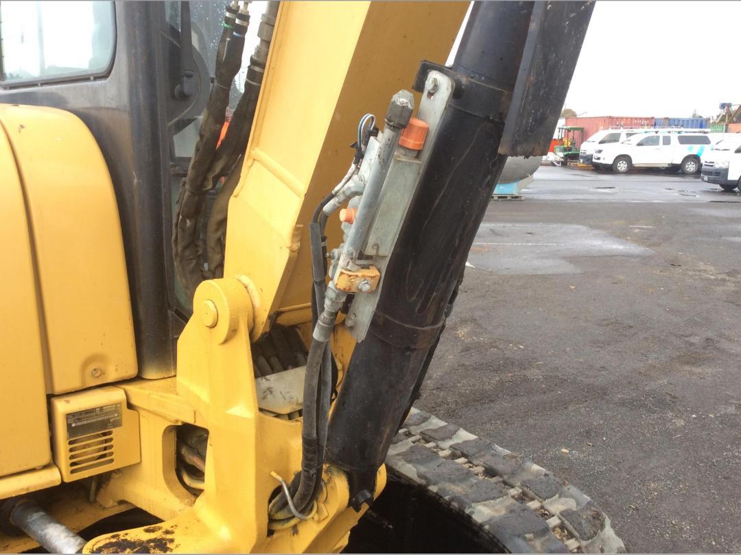Photo '16' of Caterpillar 305.5E CR Midi Excavator