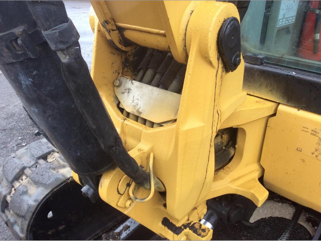 Photo '18' of Caterpillar 305.5E CR Midi Excavator