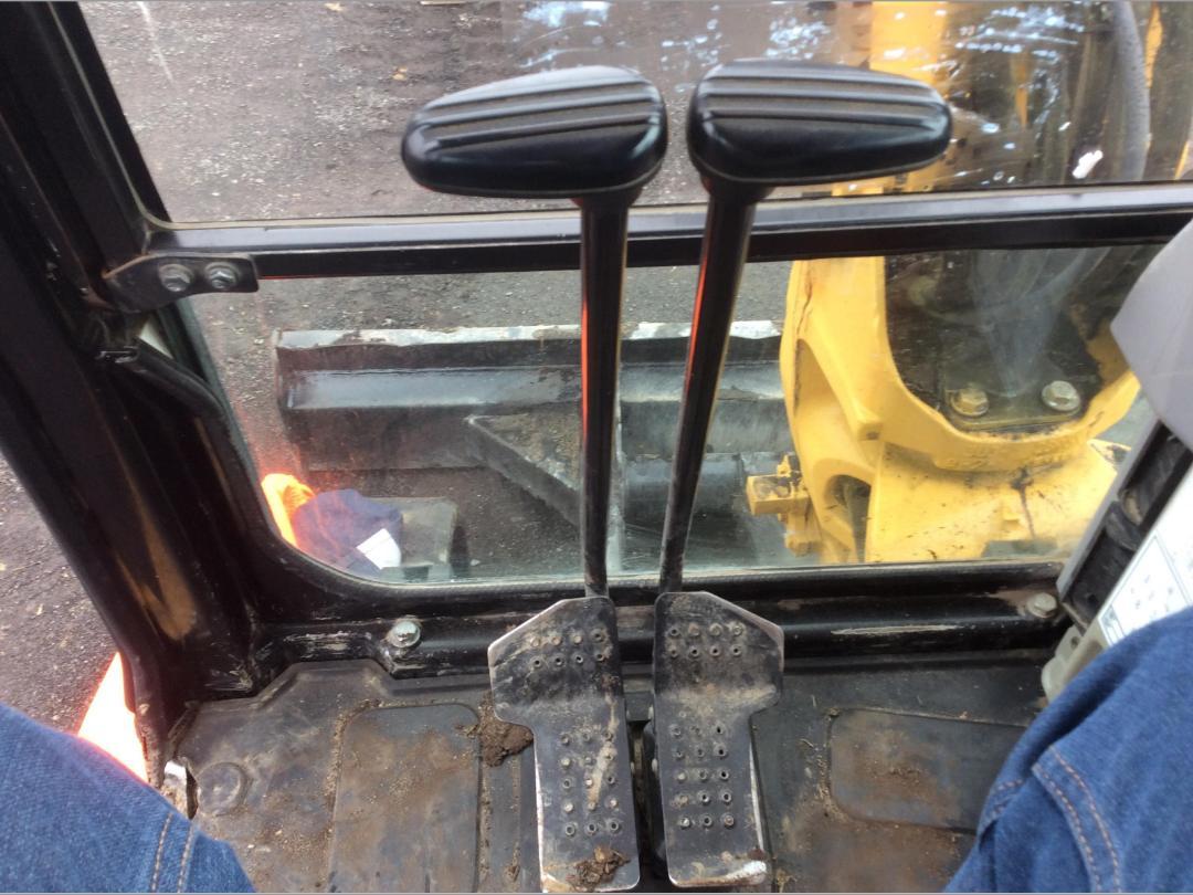 Photo '26' of Caterpillar 305.5E CR Midi Excavator