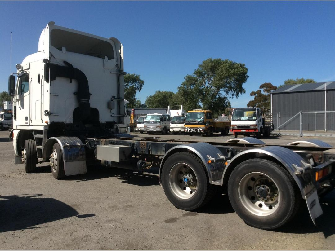 Photo '7' of Freightliner Argosy TSB Cab Chassis