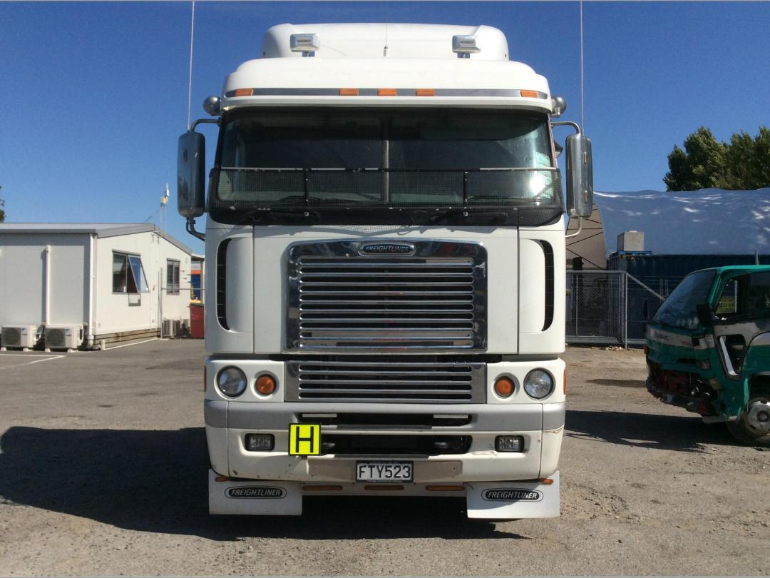 Photo '9' of Freightliner Argosy TSB Cab Chassis