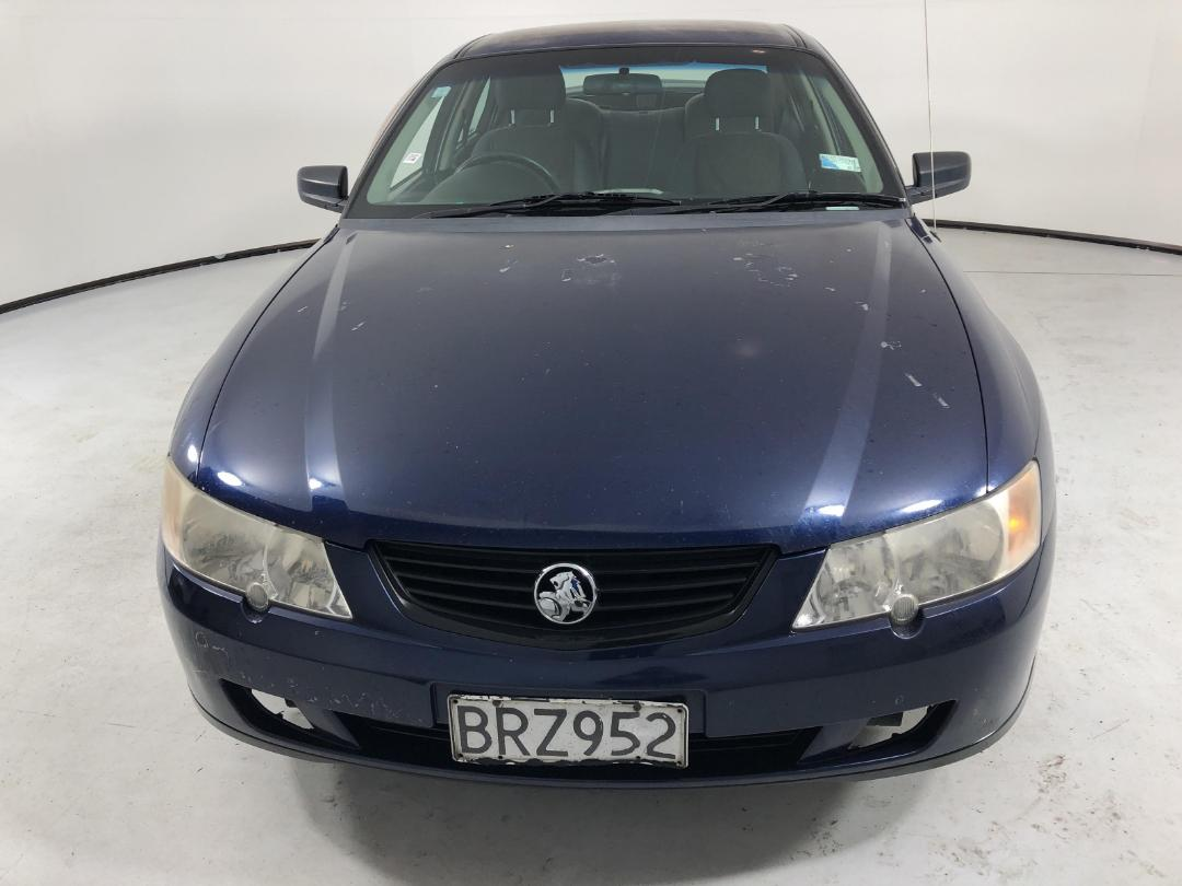 Photo '2' of Holden Commodore Executive V6
