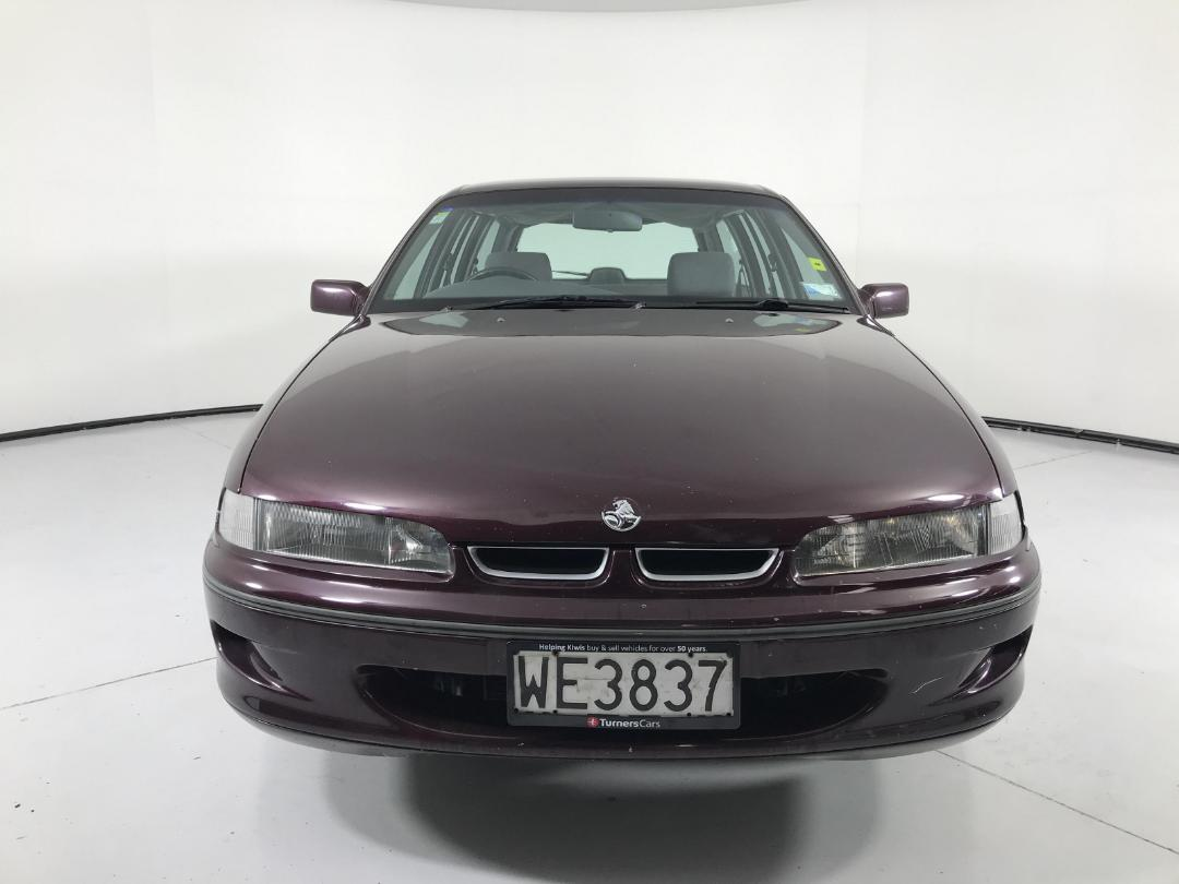 Photo '2' of Holden Commodore VS Acclaim WAG.