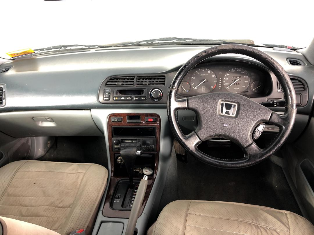 Photo '17' of Honda Accord