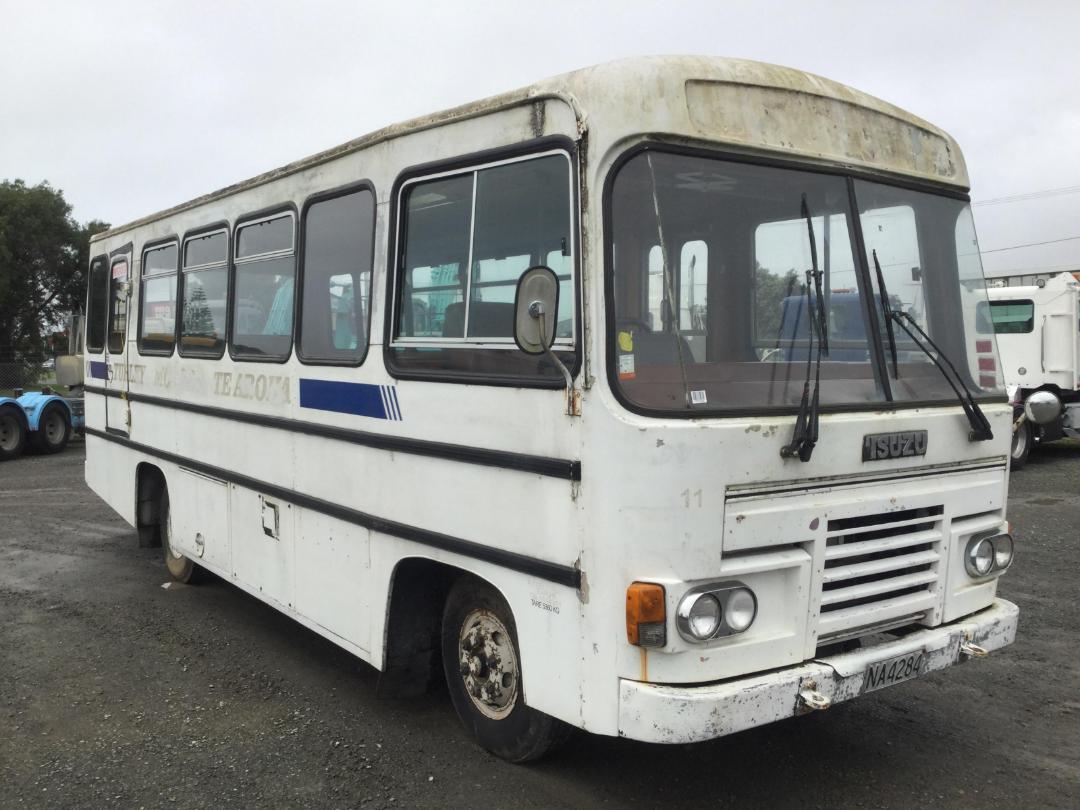 Used Isuzu MR1113 Bus/Motorhome 1986 | Turners Buses