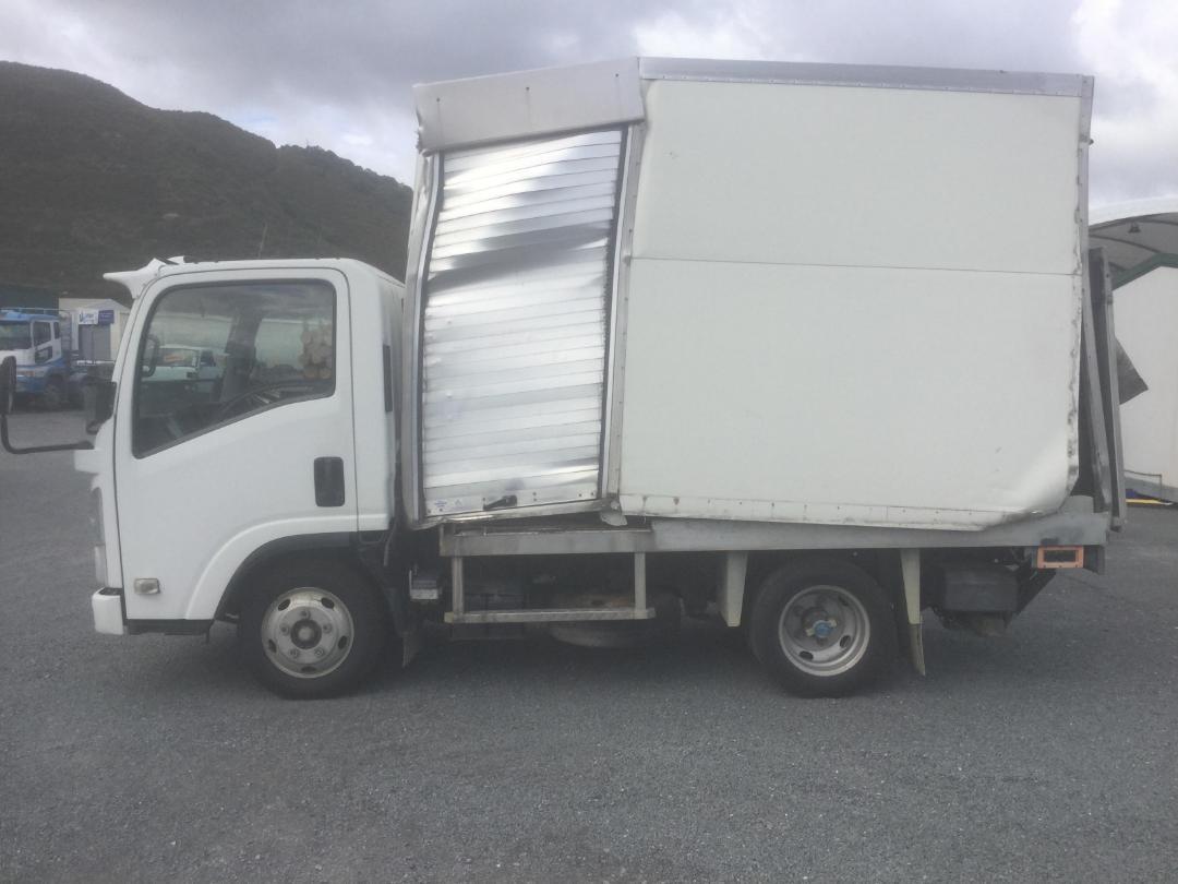 Photo '5' of Isuzu N Series NLR250S AMT Box Body
