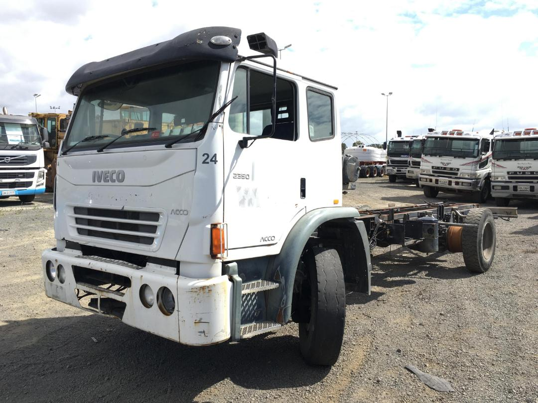 Photo '2' of Iveco Acco Cab Chassis