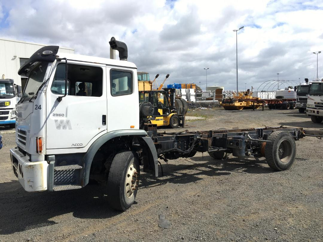 Photo '4' of Iveco Acco Cab Chassis