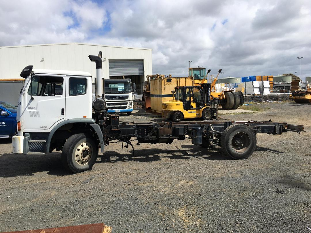 Photo '5' of Iveco Acco Cab Chassis