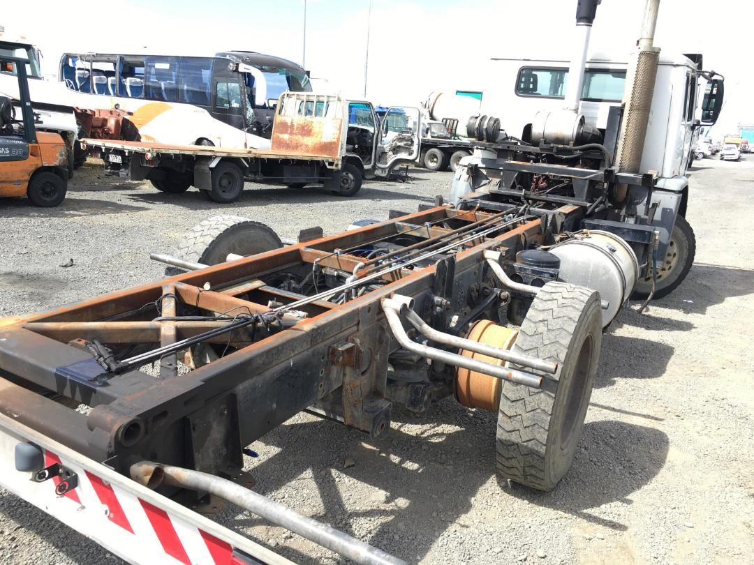 Photo '8' of Iveco Acco Cab Chassis