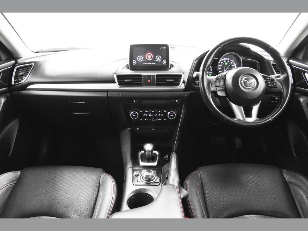 Photo '13' of Mazda Axela