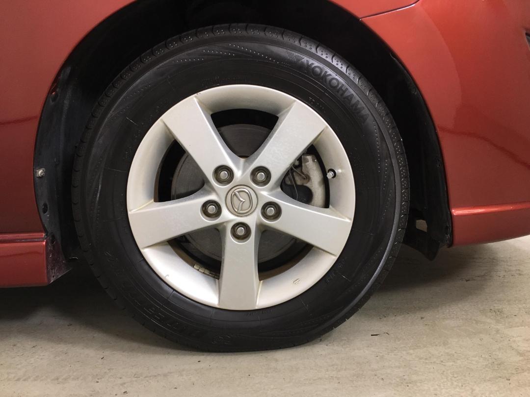 Photo '9' of Mazda Premacy