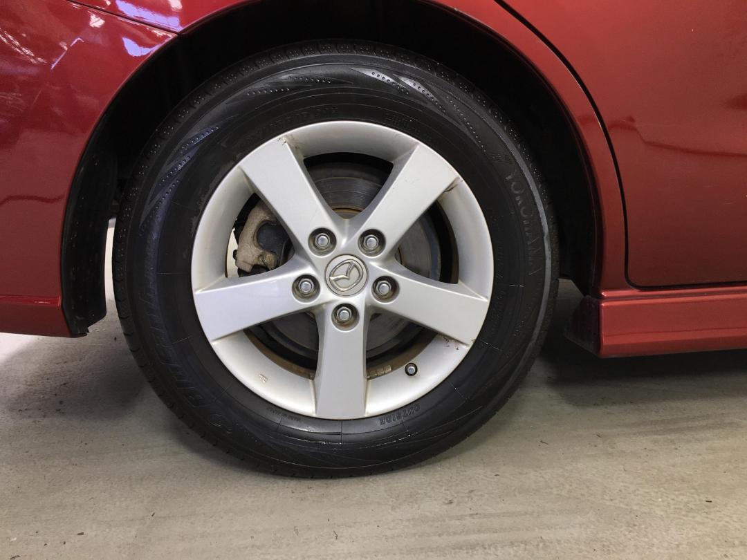 Photo '12' of Mazda Premacy
