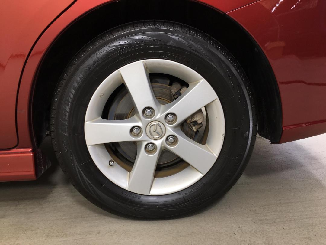 Photo '11' of Mazda Premacy
