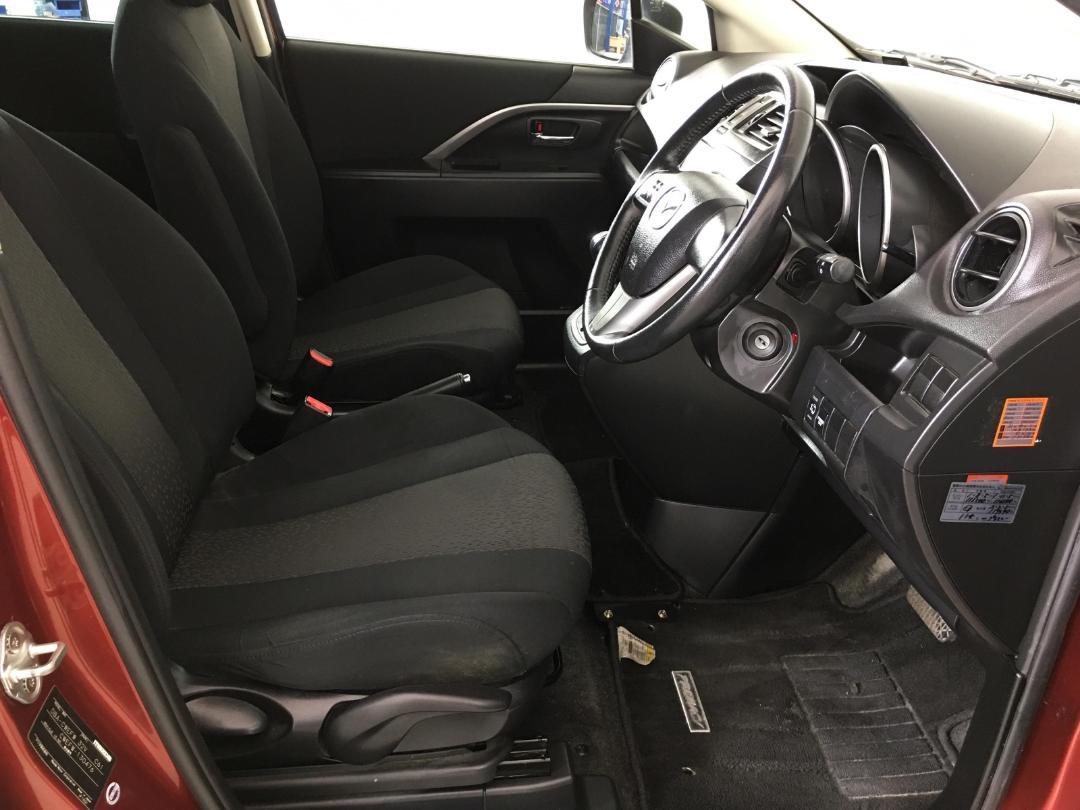 Photo '16' of Mazda Premacy