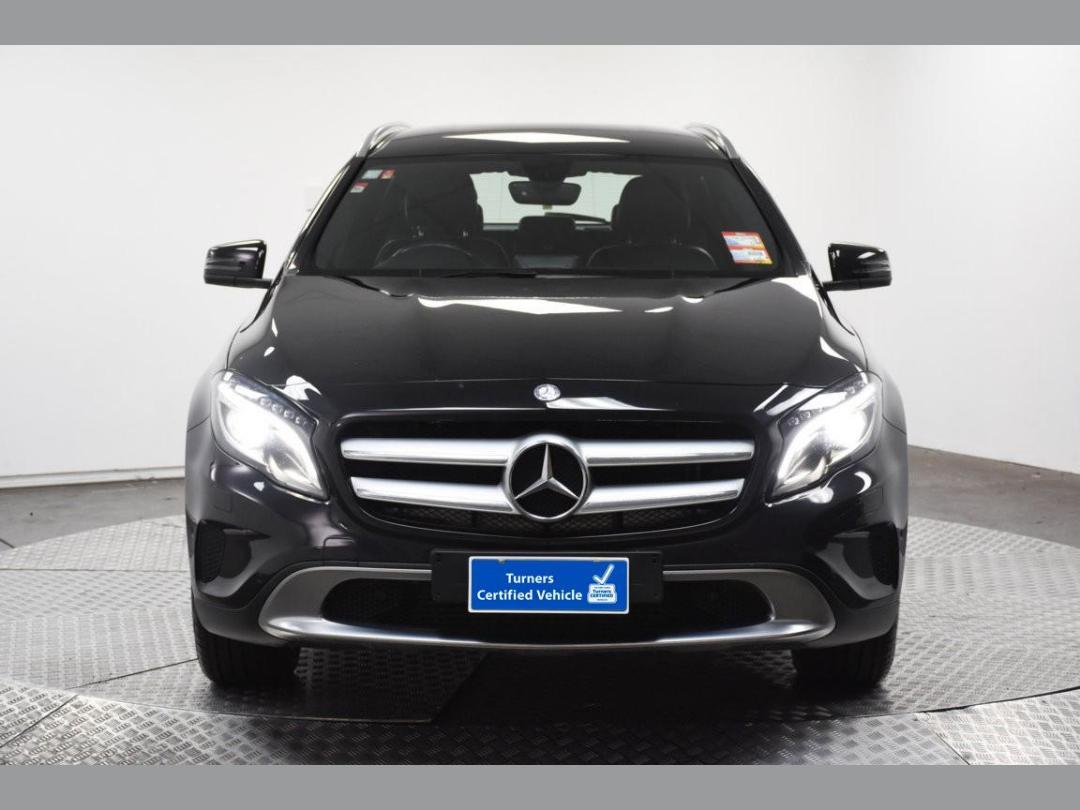 Photo '2' of Mercedes-Benz GLA200