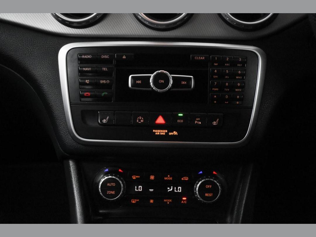 Photo '17' of Mercedes-Benz GLA200