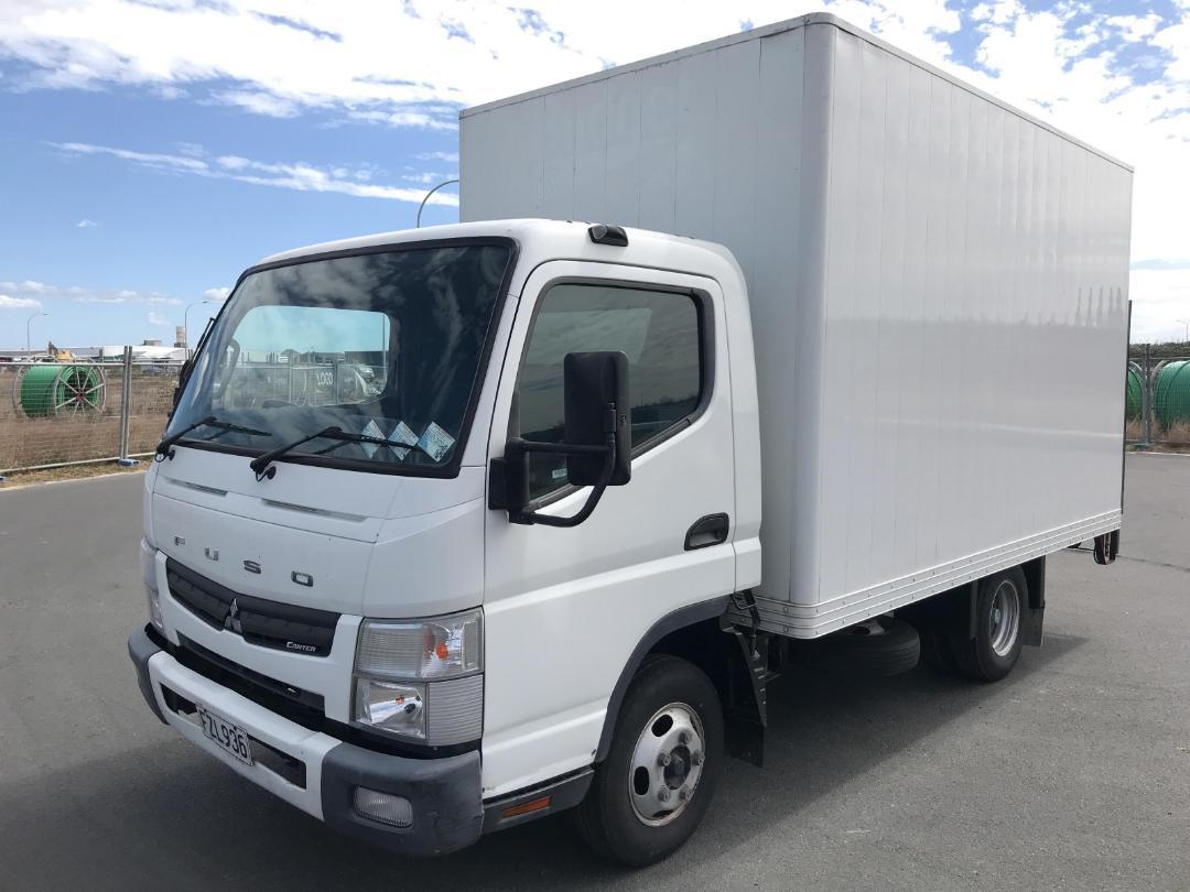 Photo '11' of Mitsubishi Fuso Canter FEB45C2 EURO 5 - 516 Box Body