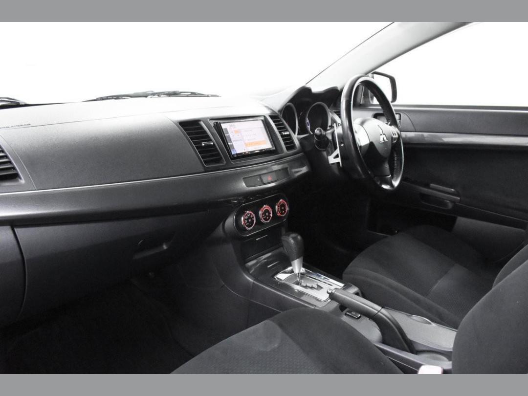 Photo '9' of Mitsubishi Galant Fortis Sport