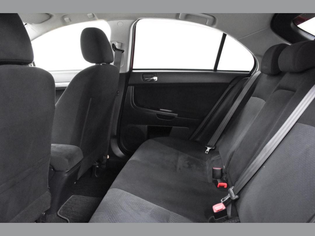 Photo '15' of Mitsubishi Galant Fortis Sport