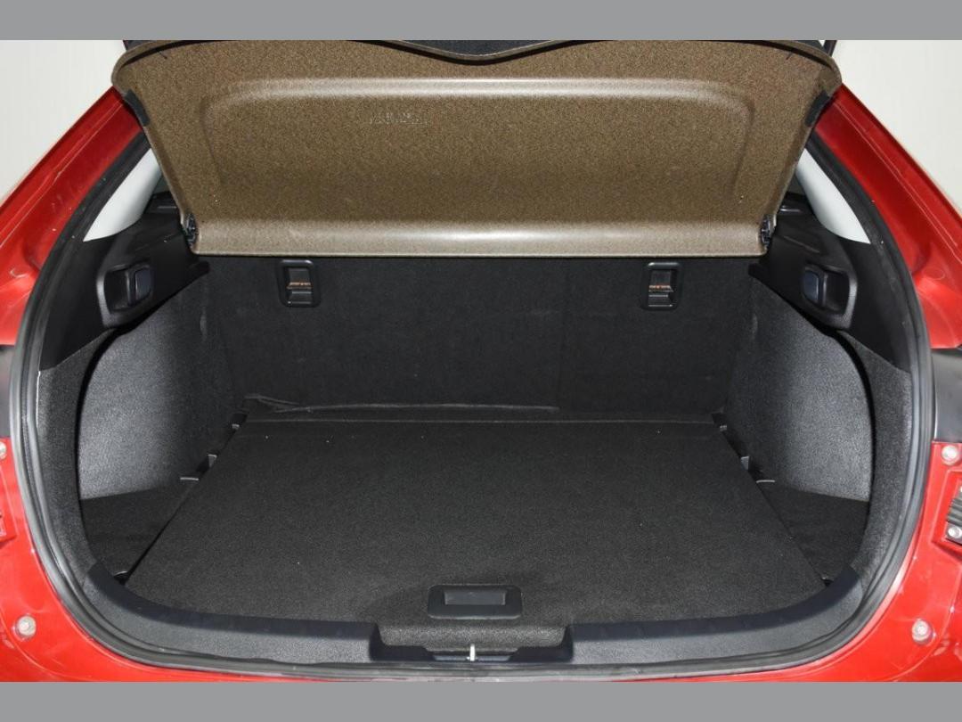 Photo '17' of Mitsubishi Galant Fortis Sport
