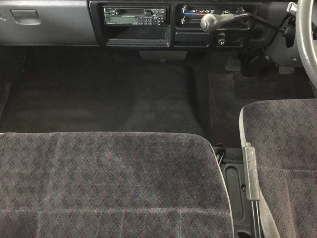 Photo '18' of Mitsubishi L300 SWB SP
