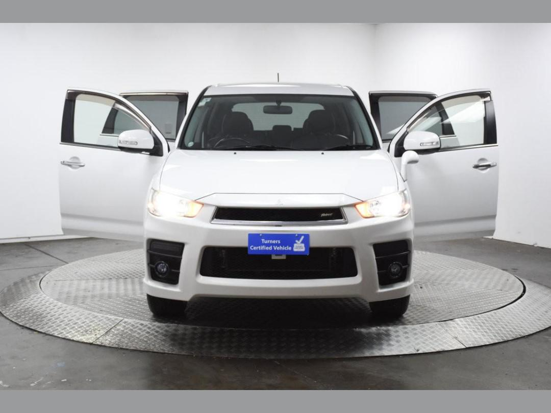 Photo '2' of Mitsubishi Outlander Roadest 20MS 7-Seater 2WD