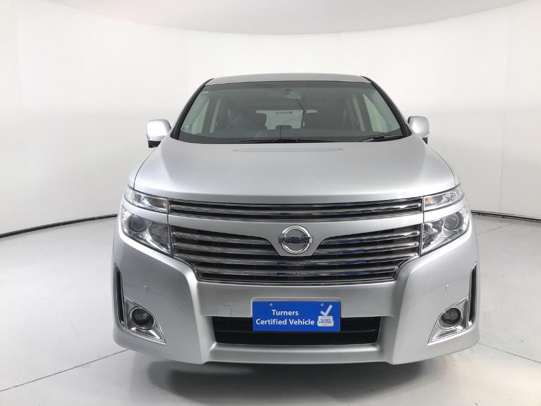 Photo '2' of Nissan Elgrand 4WD
