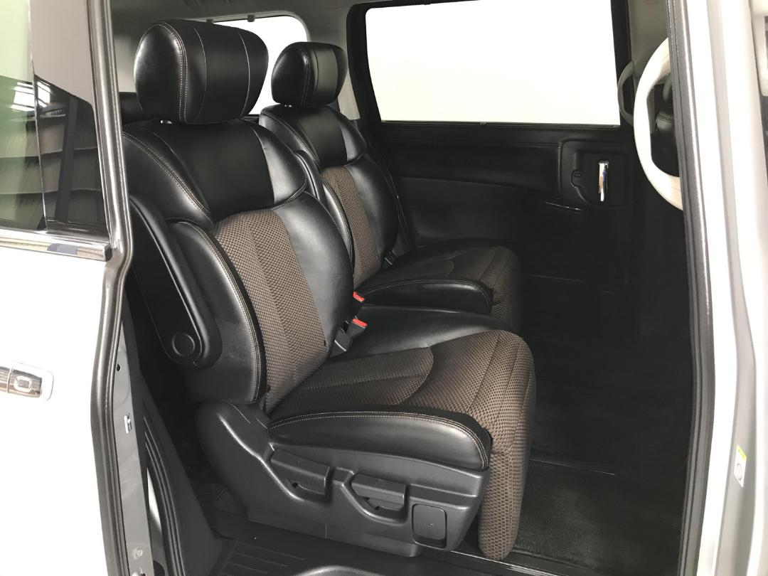 Photo '19' of Nissan Elgrand 4WD
