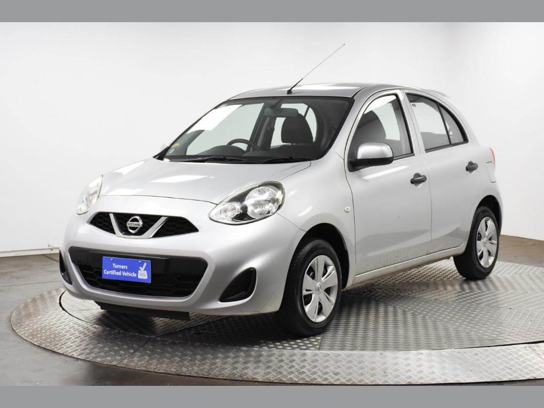 Photo '10' of Nissan March