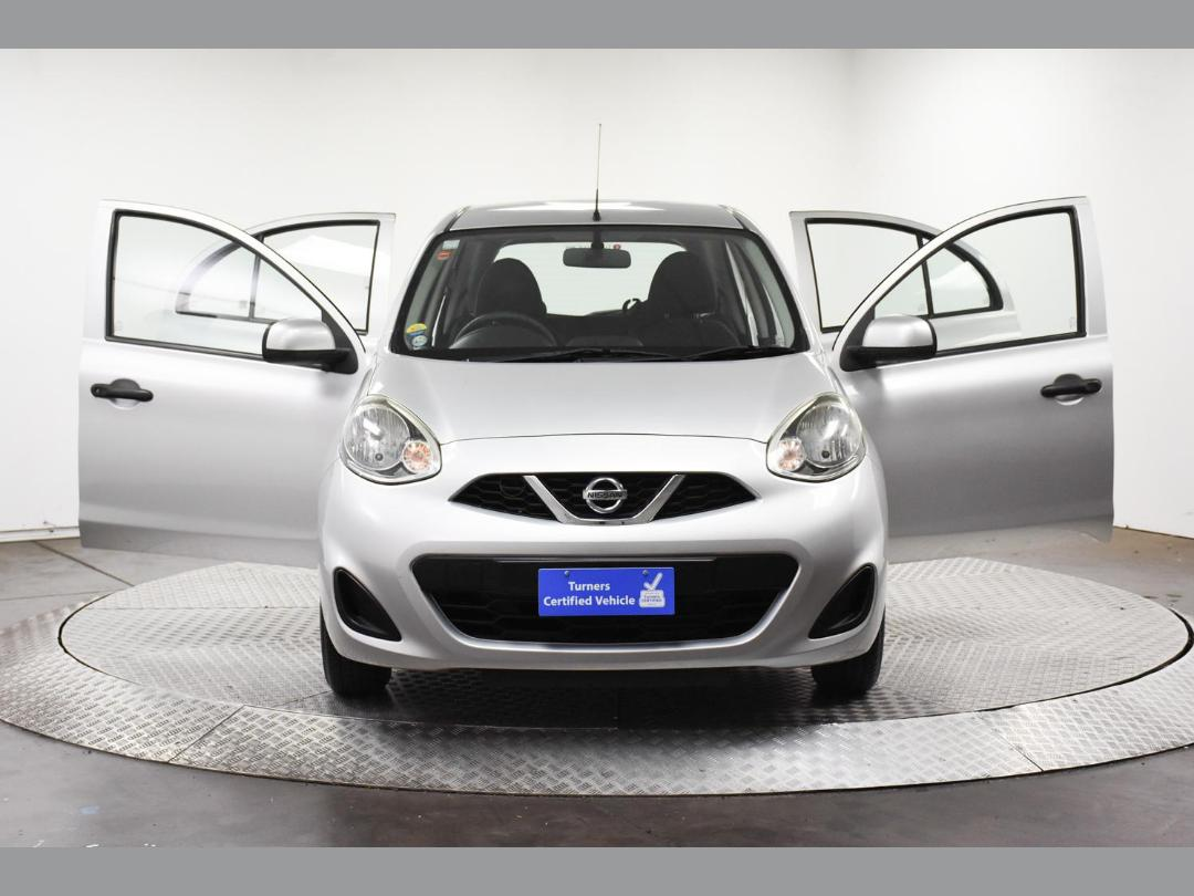 Photo '4' of Nissan March
