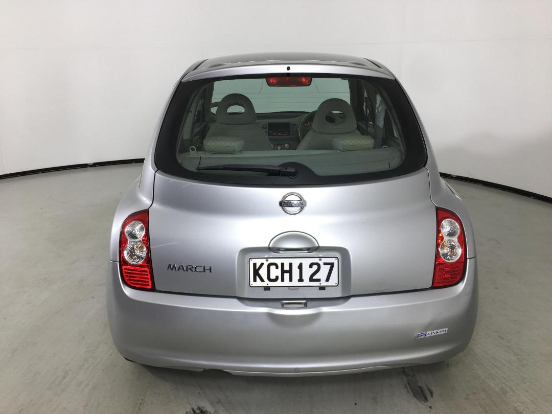 Photo '7' of Nissan March