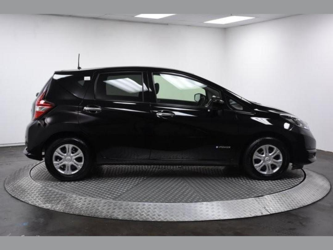 Photo '4' of Nissan Note X Hybrid