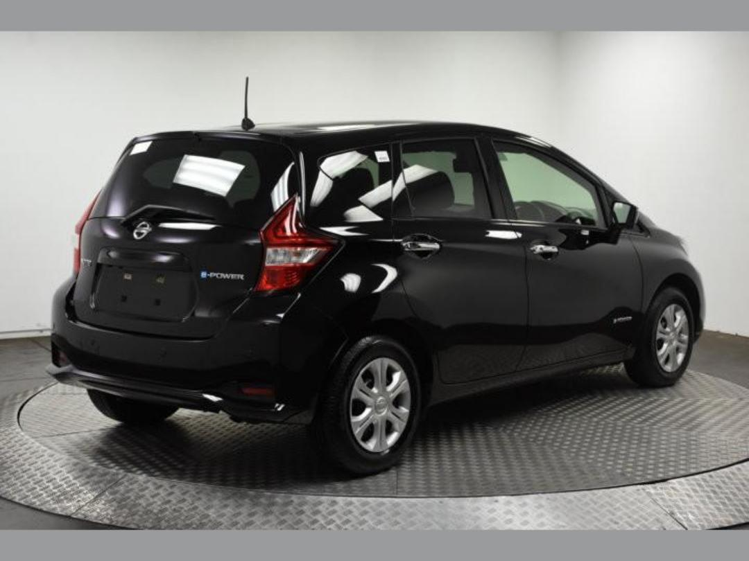 Photo '5' of Nissan Note X Hybrid