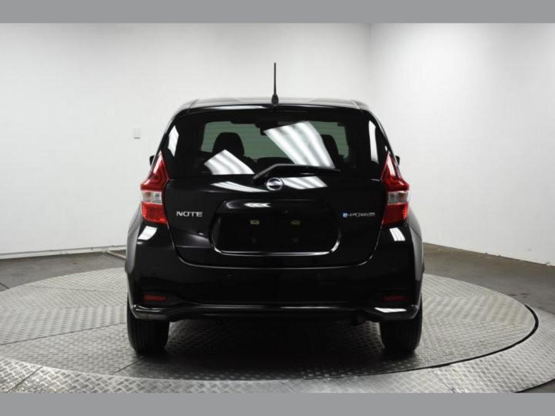 Photo '7' of Nissan Note X Hybrid