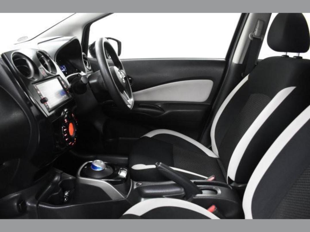 Photo '9' of Nissan Note X Hybrid