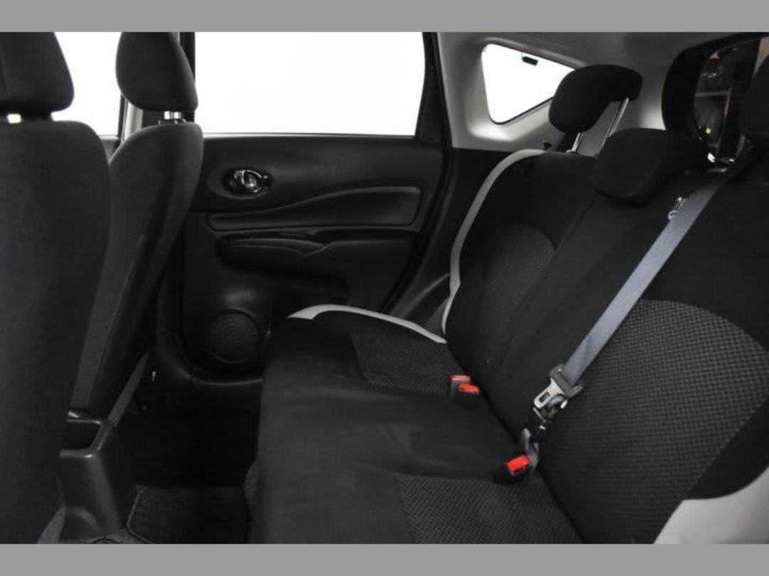 Photo '18' of Nissan Note X Hybrid