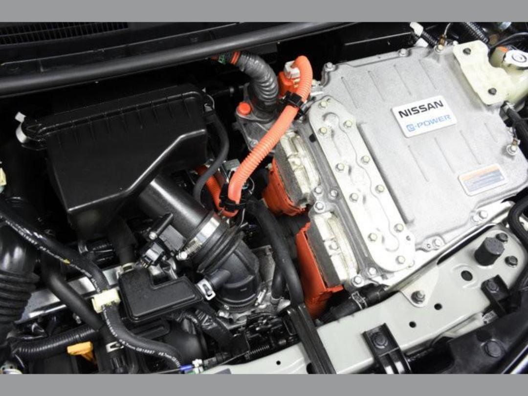 Photo '22' of Nissan Note X Hybrid