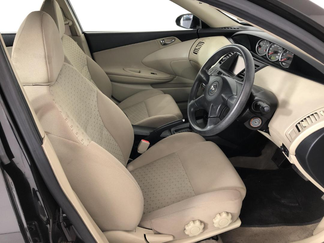 Photo '16' of Nissan Primera