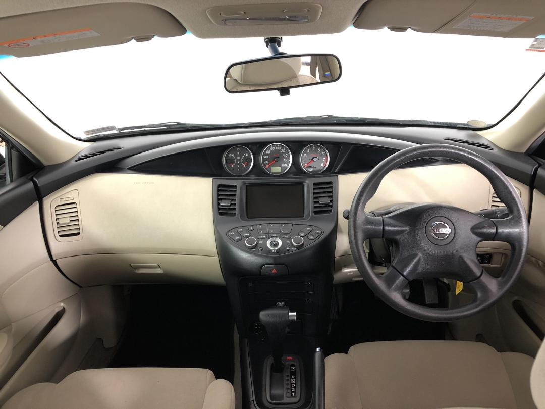 Photo '17' of Nissan Primera