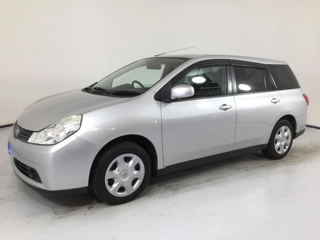 Photo '4' of Nissan Wingroad