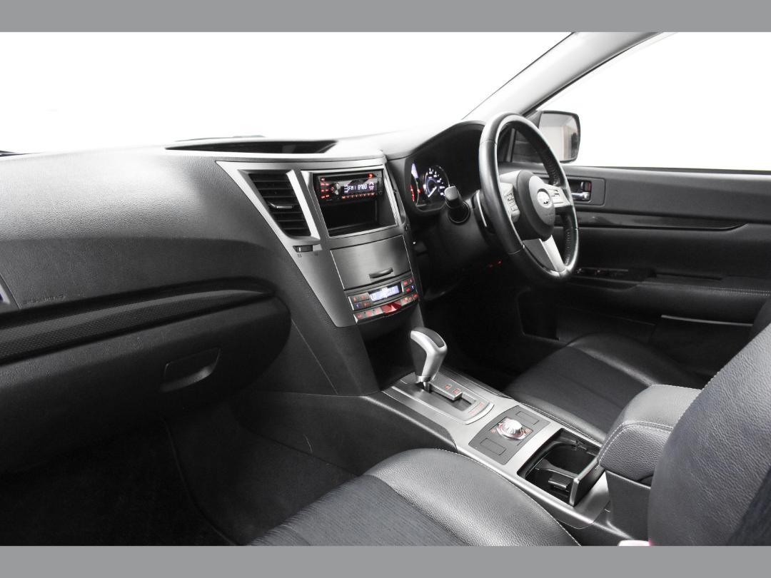 Photo '9' of Subaru Legacy B4 2.5i S Package 4WD