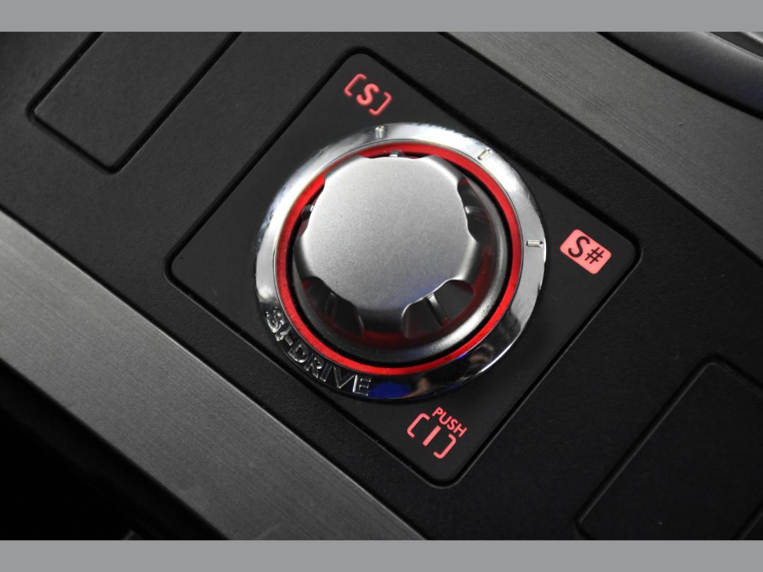 Photo '16' of Subaru Legacy B4 2.5i S Package 4WD