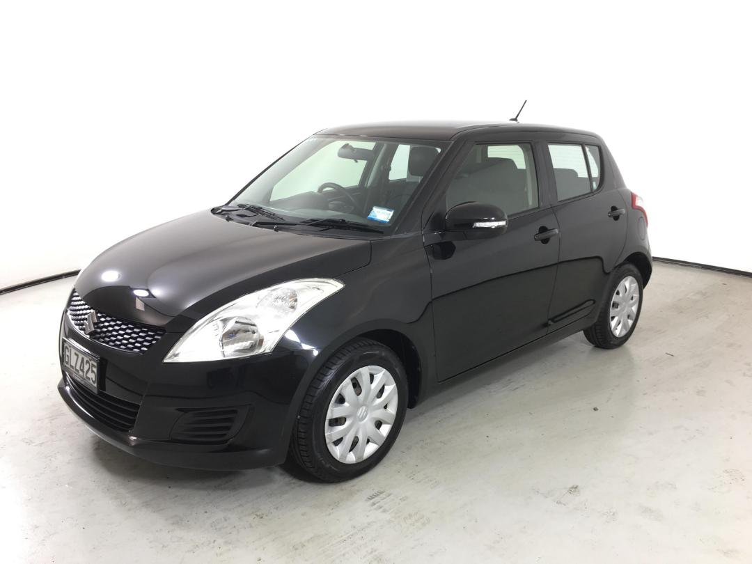 Photo '4' of Suzuki Swift Glxa