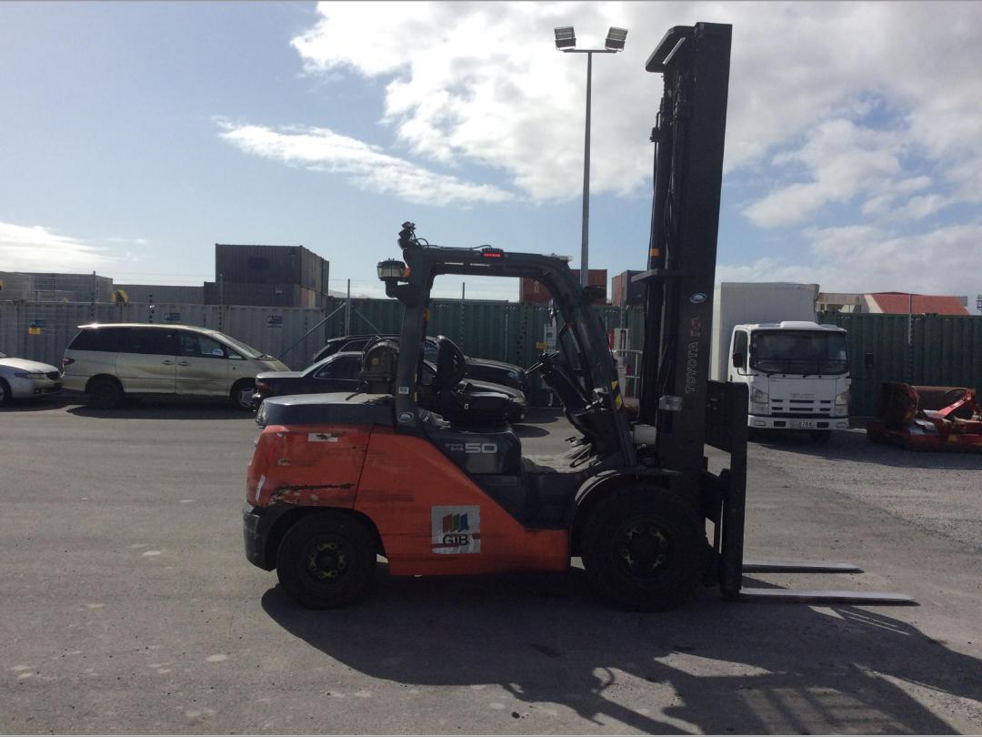 Photo '4' of Toyota 8FG50N Forklift