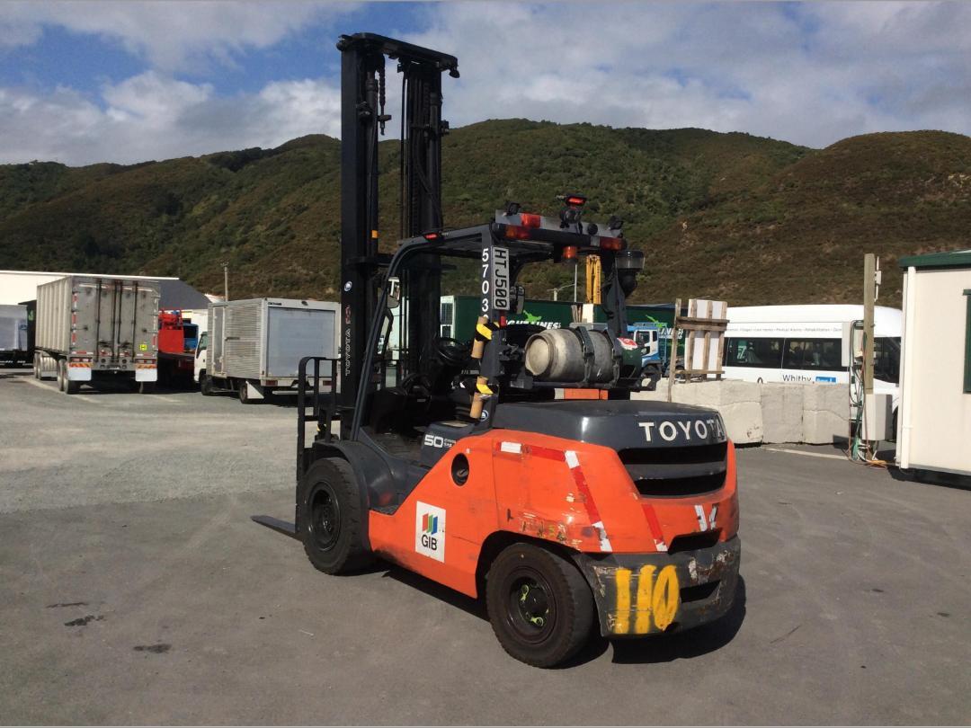 Photo '7' of Toyota 8FG50N Forklift