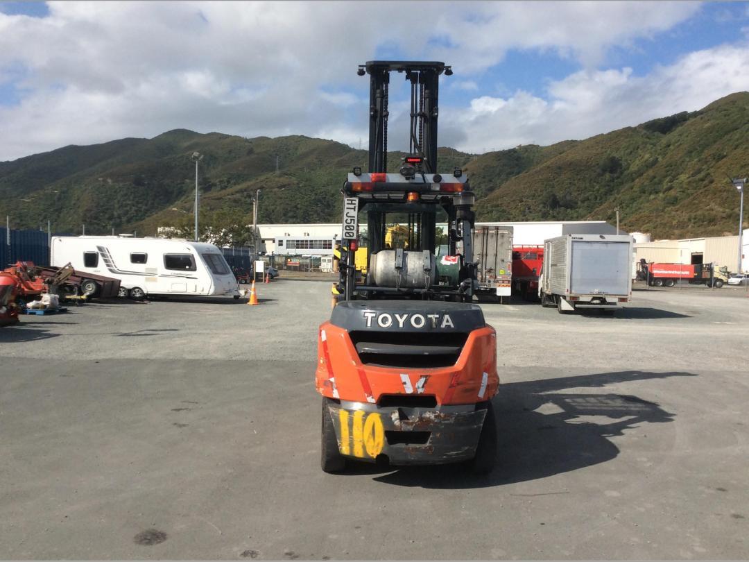 Photo '6' of Toyota 8FG50N Forklift
