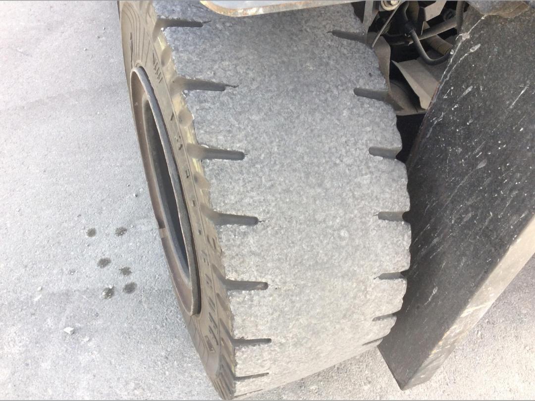 Photo '36' of Toyota 8FG50N Forklift